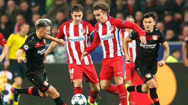 El Atlético pasa del cerrojo al vértigo