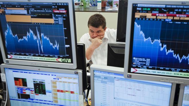 El Tesoro coloca 4.811 millones de euros en bonos y obligaciones a tipos más altos