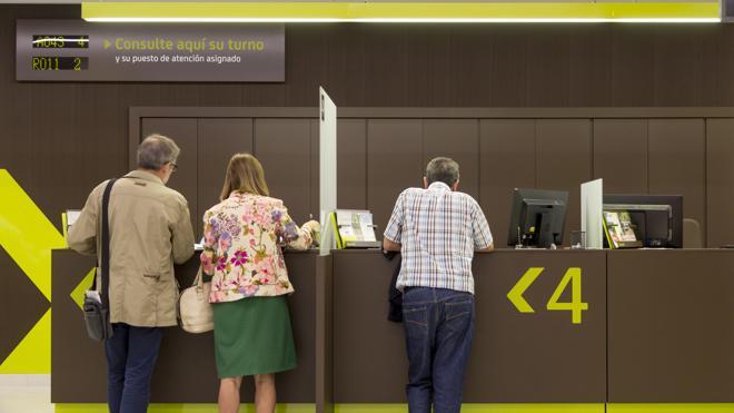 La OCU pide que se valoren intereses de los minoritarios de Bankia en su fusión con BMN