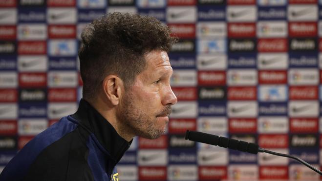 Simeone: «¿Torres? No tengo absolutamente nada con nadie»