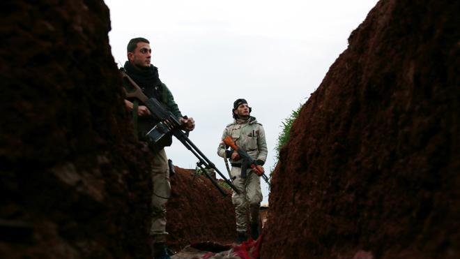40 civiles muertos en Siria en bombardeos atribuidos a la coalición