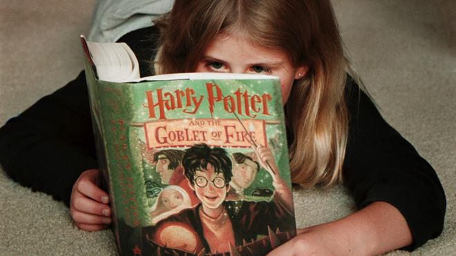 Traducen al español la obra que inspiró a los autores de 'Harry Potter' y 'Narnia'