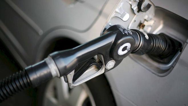 La CNMC multa a once gasolineras por no informar sobre precios