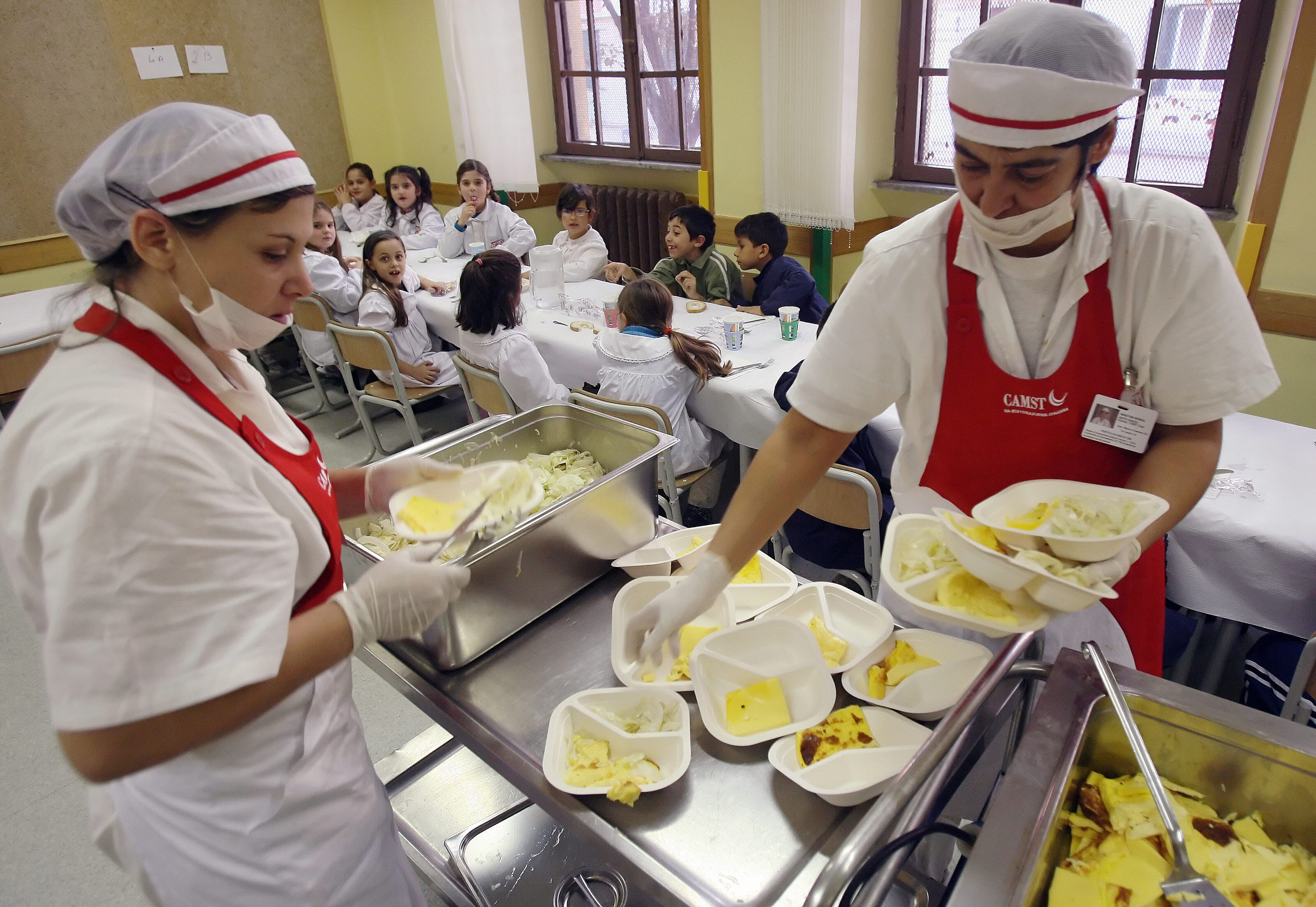 División entre las regiones por los comedores escolares | El Diario ...