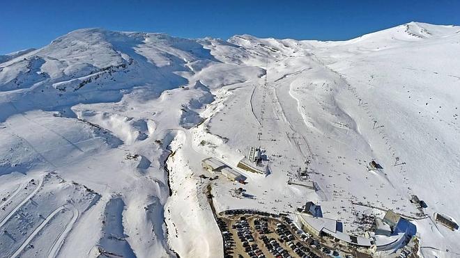 Alto Campoo celebrará su 50 aniversario con tarifas especiales y nieve artificial