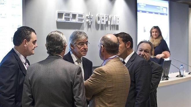 Miembros de la CEOE cierran una candidatura unitaria que liderará Lorenzo Vidal de la Peña