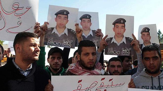 Jordania ejecuta a dos yihadistas después de que EI quemara vivo a su piloto