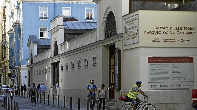 Cantabria mantiene bajo especial protección 420 bienes de su patrimonio cultural