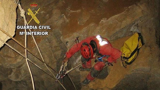 Ensayo de rescate a 230 metros de profundidad