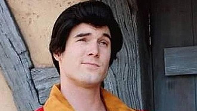 Muere un actor de DisneyWorld tras intentar disparar fuegos artificiales desde su cabeza