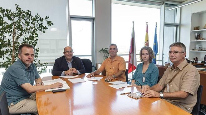 El Gobierno ofrece colaboración a los grupos ecologistas