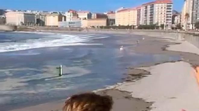 La marea viva deja sin baño a 3.000 personas en A Coruña