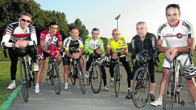 Cantabria pedalea con Marino Lejarreta