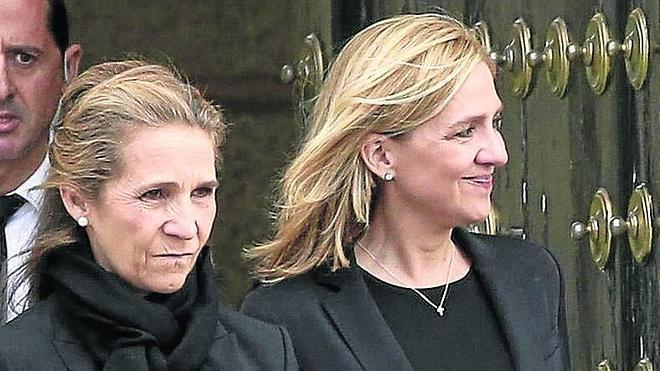 No hubo foto de Cristina con los Reyes en el funeral de Carlos de Borbón