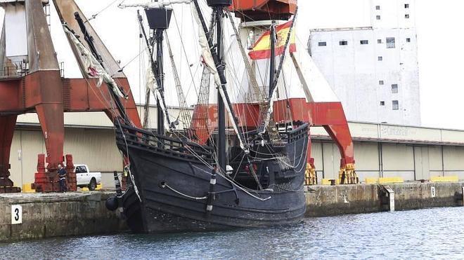 La Nao Victoria atraca en Santander