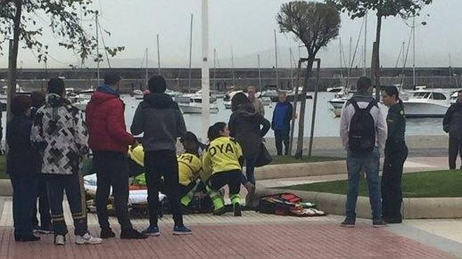 Un adolescente, con pronóstico reservado tras recibir un puñetazo de otro menor en Castro