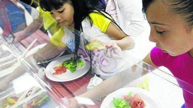 Siete centros escolares abrirán sus comedores durante estas Navidades
