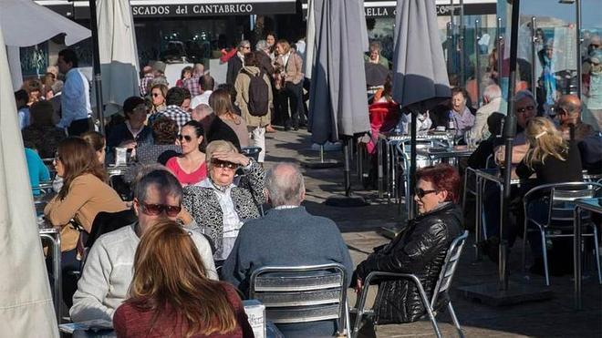 Cantabria roza el lleno y registra un aumento del gasto de los turistas