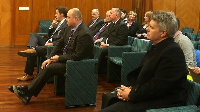Los exdueños británicos de B3 se sientan en el banquillo acusados de descapitalizar la empresa