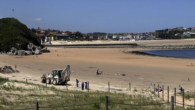 El Gobierno destinará 300.824 euros a la limpieza de playas rurales