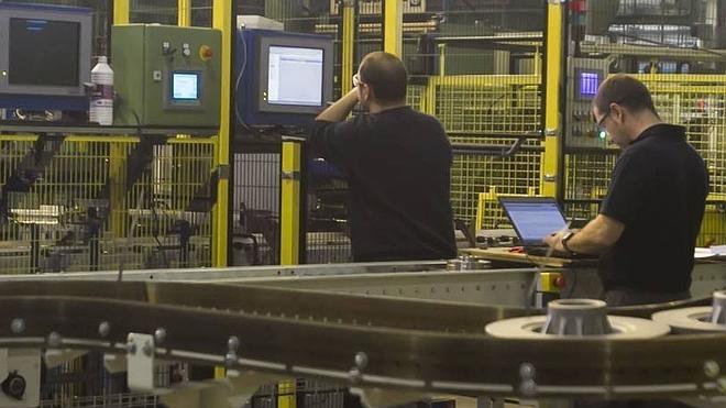 El Ministerio de Industria media para resolver la crisis laboral en Nissan