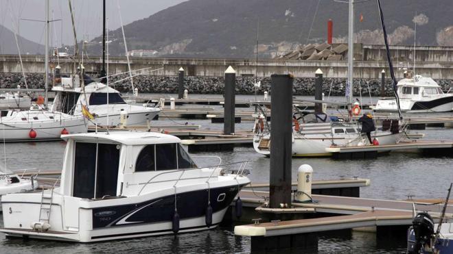 La regata Copa Príncipe de Asturias de vela arranca en el puerto de Laredo