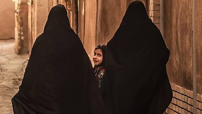 Iraníes detrás del velo
