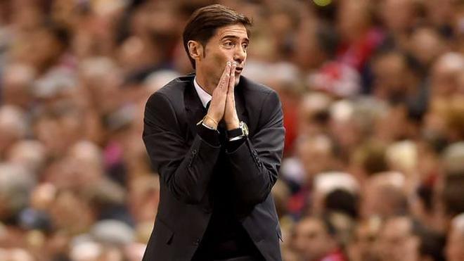 La Federación impide a Marcelino entrenar al Valencia