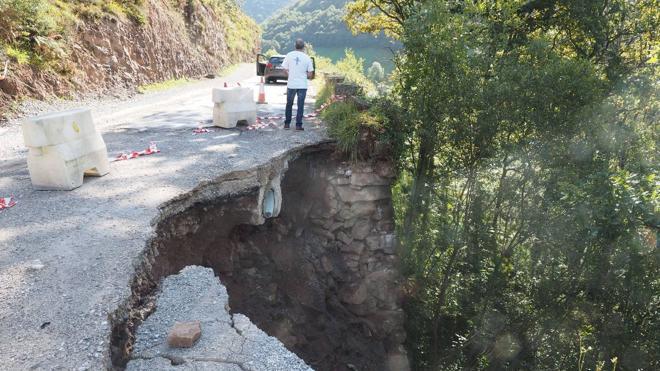 La carretera de Estacas de Trueba se reparará con carácter urgente