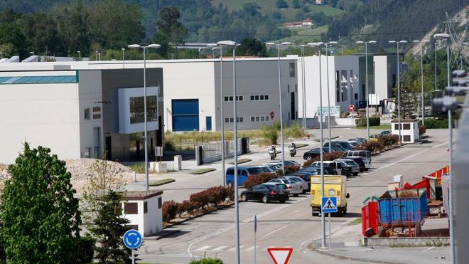 Las empresas del polígono de Tanos se quejan del servicio postal de Correos