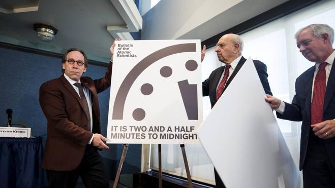 El reloj del apocalipsis se adelanta