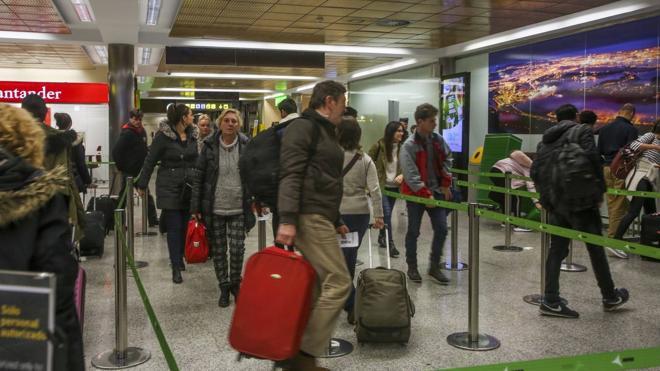 Ocho horas tirados en el aeropuerto