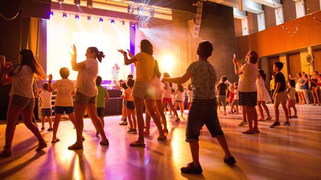 El Festival Coco Loco suma rock, magia y juegos en apoyo a los niños con cáncer