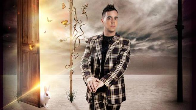 Raúl Alegría escapa a los horrores de la Inquisición en el Festival de Magia