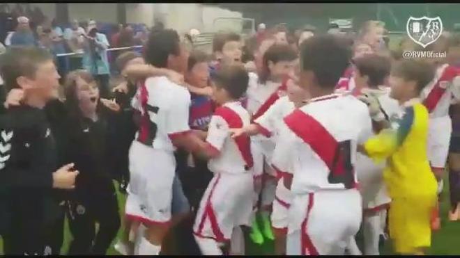 Una lección de fútbol y deportividad de los más pequeños