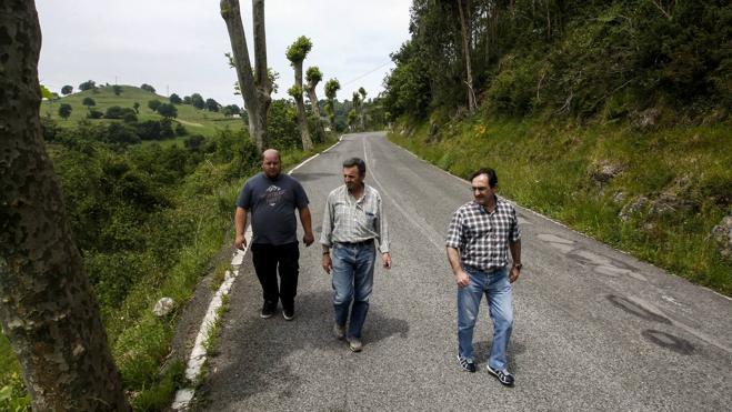 «La carretera de La Montaña es una ruina»